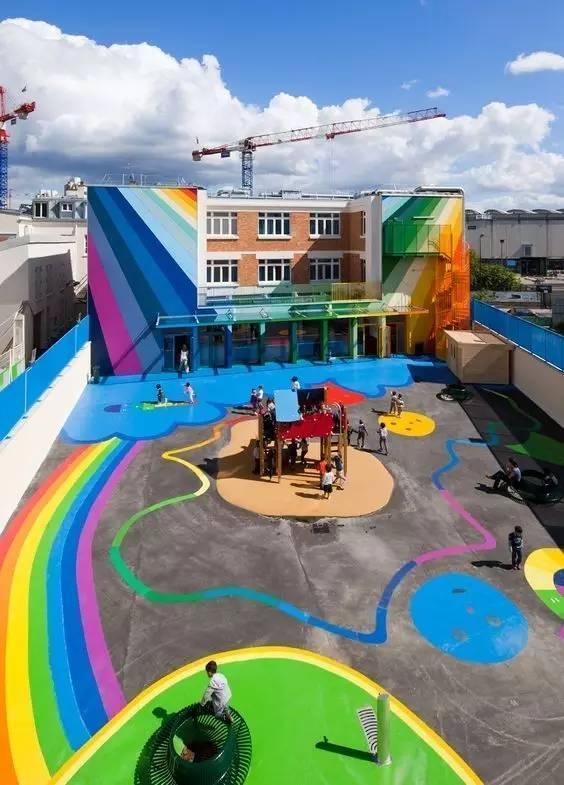 新学期,幼儿园地面装饰美化了吗?